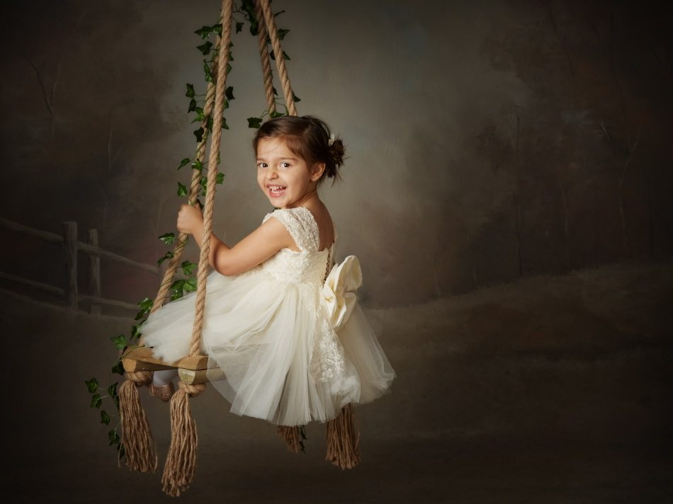 Childrens-Portrait-Photography-by-Peter-Dyer-Photographs-009